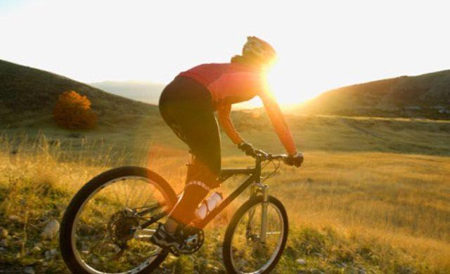 9 เคล็ดลับปั่นจักรยานลดน้ำหนัก รู้ไว้ซะถ้าอยากผอมเร็ว